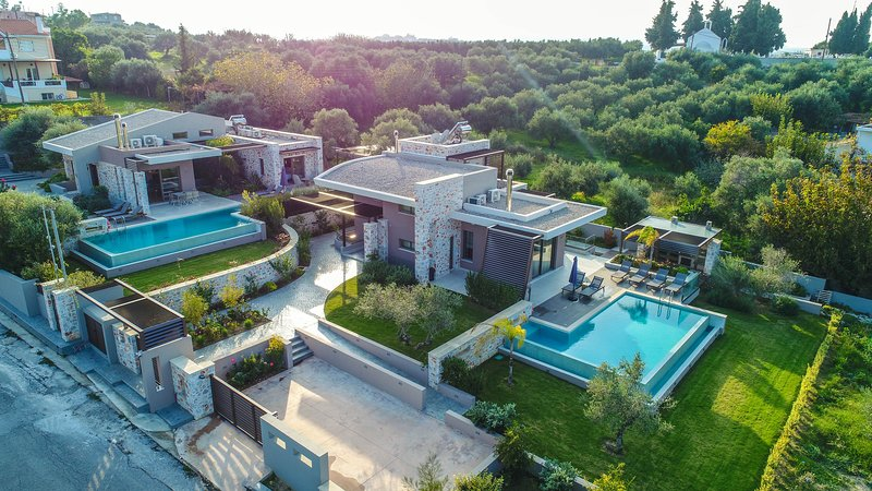 Energy 8BR Luxury Villa, Daratso Chania, holiday rental in Theriso