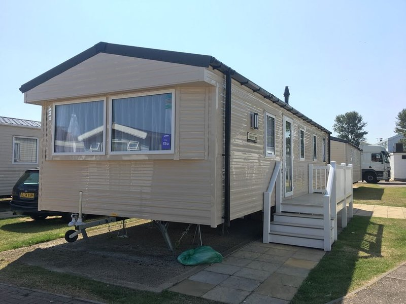 3 bed Haven Caister deluxe holiday home pets welcome large side decking, location de vacances à Runham