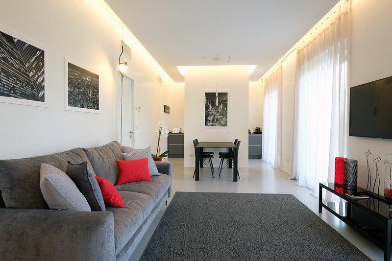 Relais Il Bacio del Sole - Apartment Deluxe in Villa, holiday rental in Quinto di Valpantena