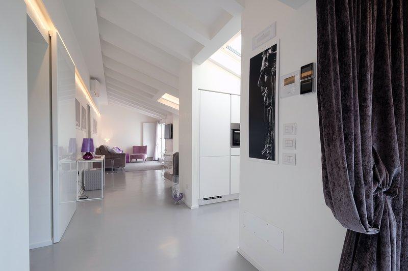 Relais Il Bacio del Sole - Luxury Apartment in Villa, holiday rental in Quinto di Valpantena