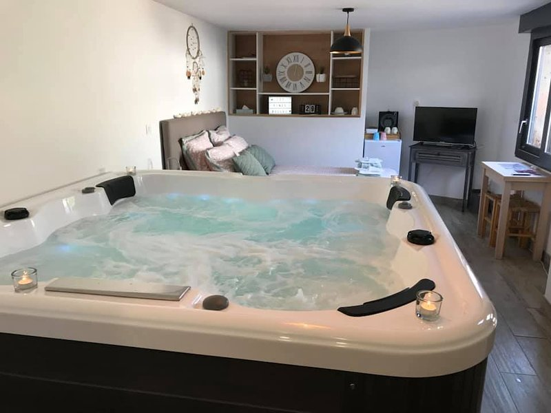 Chambres d'hôtes Les fines bulles Spa, holiday rental in Saint-Quentin-la-Motte-Croix-au-Bailly