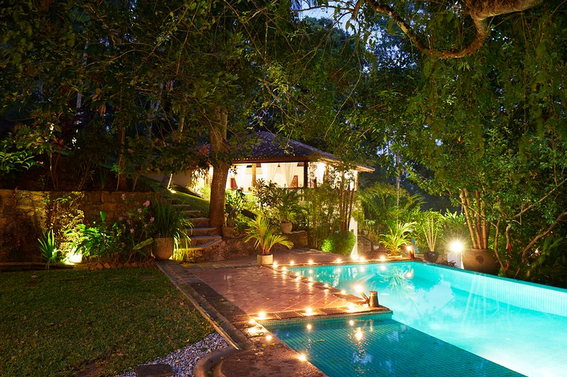 Satori Villa - A Beautiful 7 bedroom Colonial Villa in Galle, Sri Lanka, alquiler vacacional en Pilana
