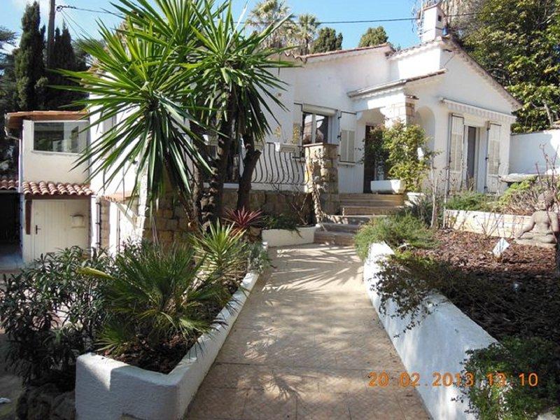 En ville un coin de campagne à 5mn du centre ville, Croisette et plages, casa vacanza a Le Cannet