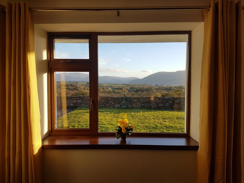 Lakeview country house and gardens killarney, holiday rental in Fossa