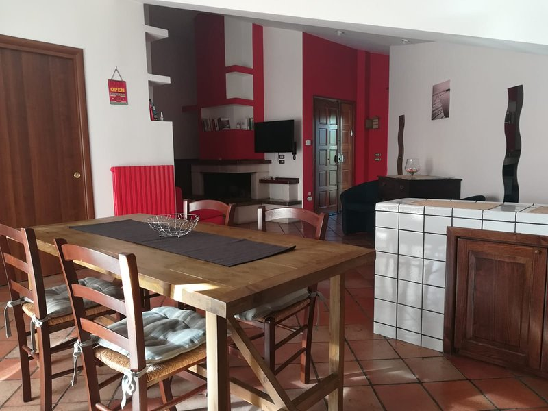 Nice apartment with mountain view, vacation rental in Marano Marchesato