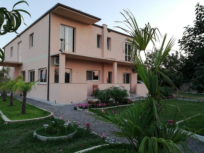 Hotel EDEN Velipoja Beach Albania - 2!, location de vacances à Shkoder County