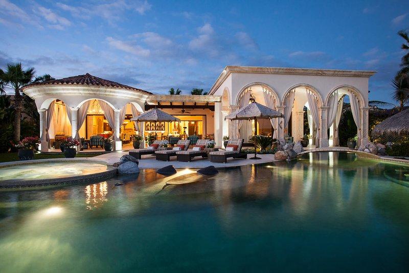 Verbringen Sie Ihre Tage oder Nächte in der üppigen Atmosphäre der Casa Milagro!