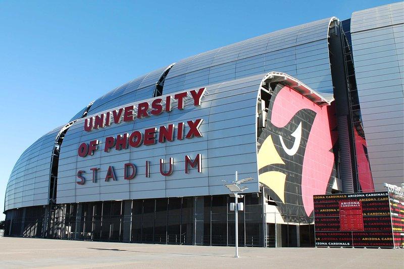 Accédez facilement aux événements du stade de l'Université de Phoenix à proximité!