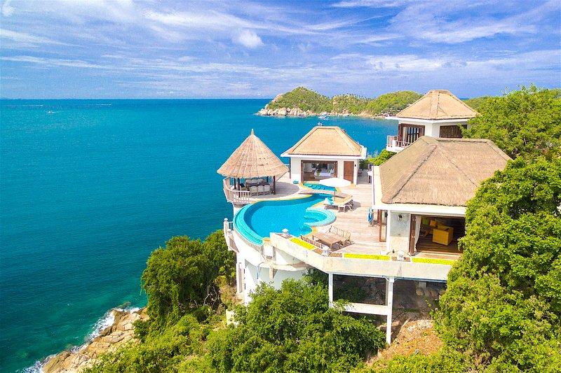 Villa Sabai Jai - Eagle Pool Villa 2-10 pers, Daily cleaning, Breakfast 250THB, aluguéis de temporada em Koh Tao