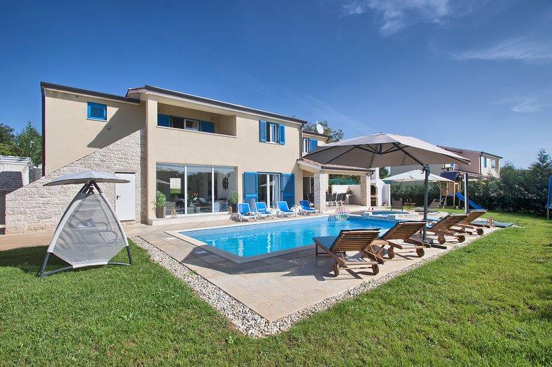 Villa MG Iznajmljivanje vl. Mario Greguš, holiday rental in Zminj