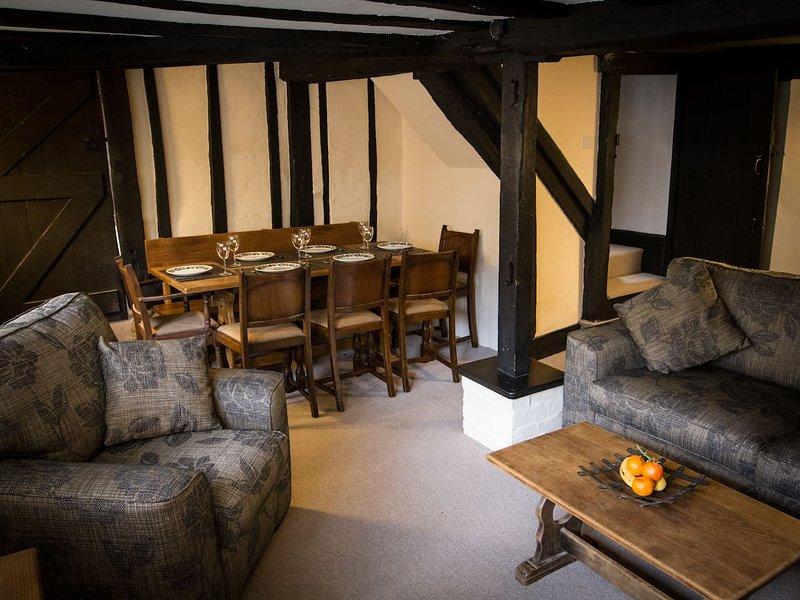 Grade II Listed Cottage in Rye Citadel, Sleeps 6-8, vacation rental in Playden