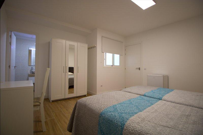 #4 Private Suite Room in Smart apartment, vacation rental in Las Palmas de Gran Canaria
