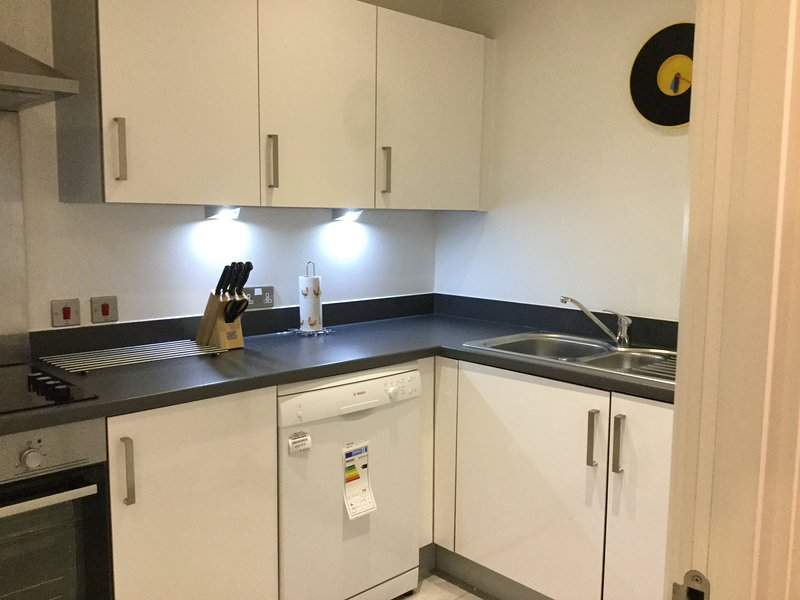 Full Sized Fully Equipped Kitchen