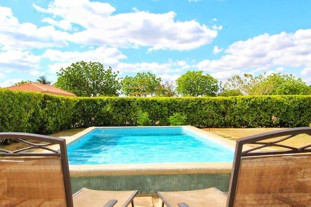 Casa Brisa Gran Pacifica Resort, holiday rental in Pochomil
