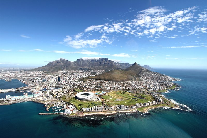 Sunny Seaview Apartment, holiday rental in Muizenberg