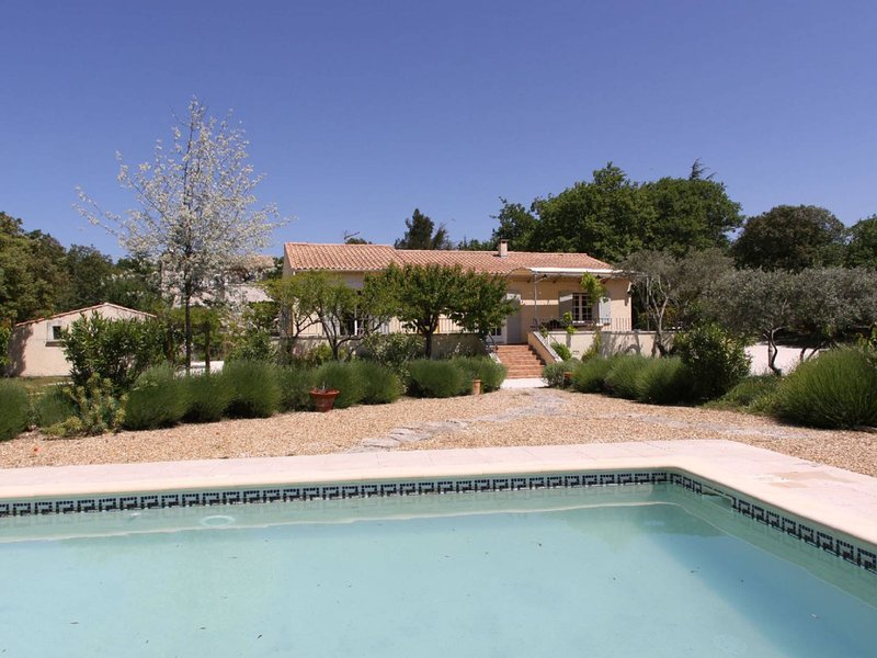 Ideal Villa - Guaranteed exceptional moments, holiday rental in Cabrieres-d'Avignon