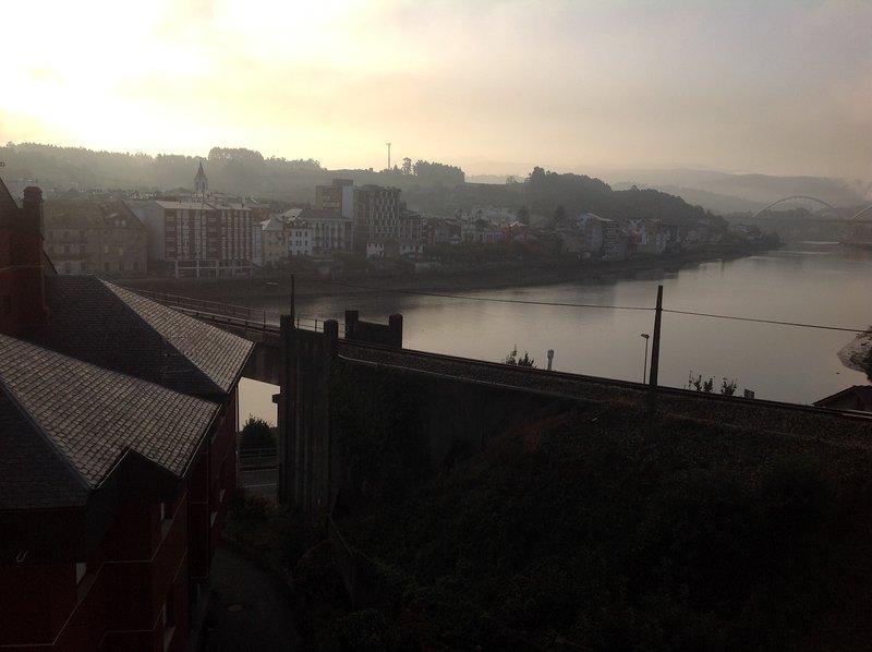 Apartamento con impresionantes vistas en Navia, aluguéis de temporada em Valdepares