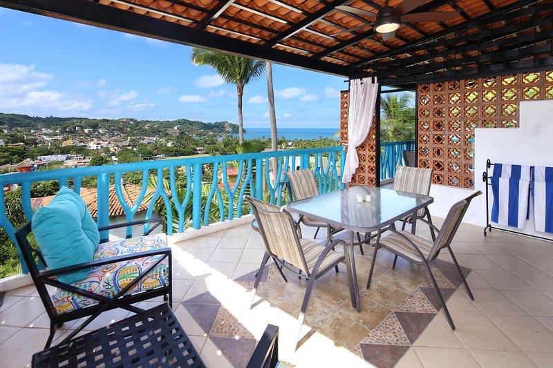 La Estrella - Terrasse mit Blick auf Sayulita und den Pazifischen Ozean