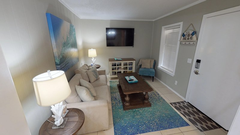 Monthly Rentals Available! Hilton Head Resort 2120, holiday rental in Bluffton
