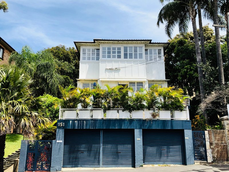 1920's iconic character coogee building