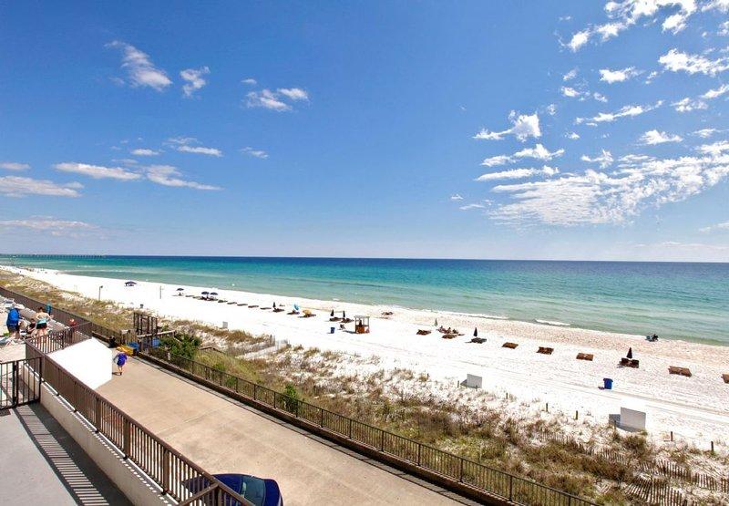 The Beachfront of AquaVista Beach Resort