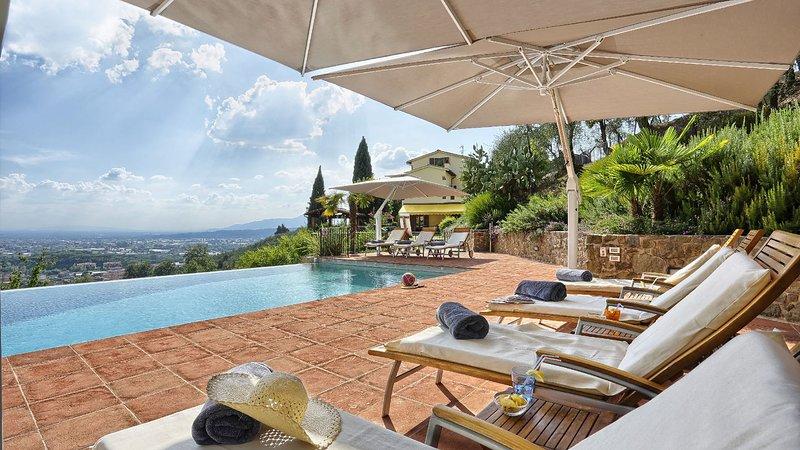 CASANIVI 14+2, Emma Villas Exclusive, holiday rental in Uzzano