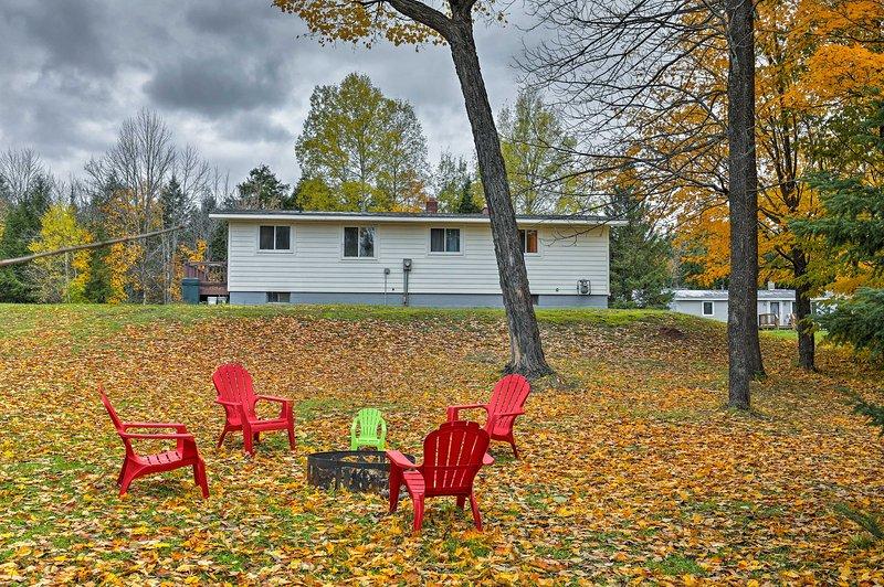 ¡Descubre Michigan desde esta casa de vacaciones en White Pine para 8!