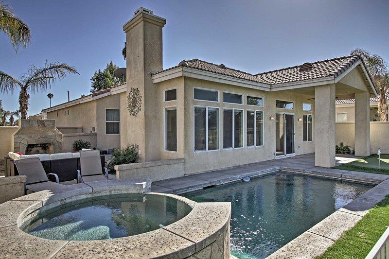 Home on Golf Course w/Pool+Spa - 2 Mi to Coachella, holiday rental in Coachella