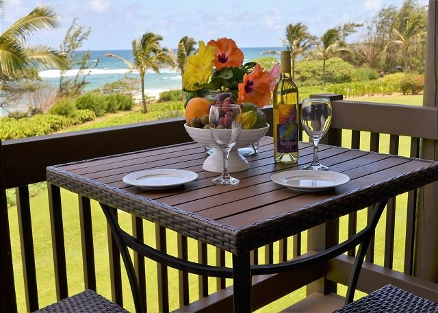 Oceanfront, Ocean-View, Steps to Beach, Kaha Lani Resort, Near Wailua Golf, alquiler vacacional en Lihue
