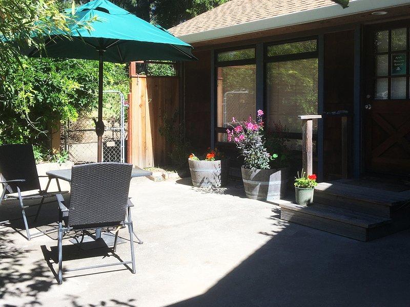 Apple Blossom Retreat, holiday rental in Freestone