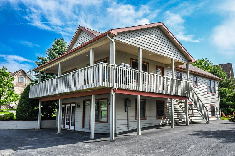 light my fire updated 2019 5 bedroom house rental in mchenry with rh tripadvisor com