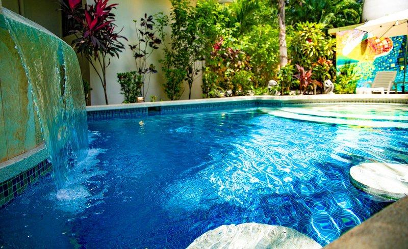 Super Close to Beach! New Beds! Reduced Rates! Pura Vida!, casa vacanza a Playa Guiones