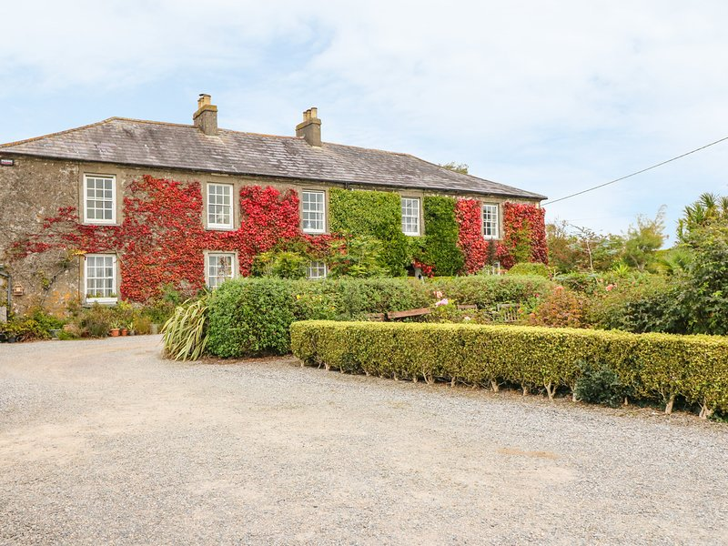 CAIRBRE HOUSE, large grounds, character, Dungarvan, holiday rental in Ardmore