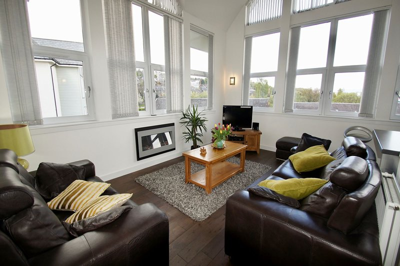 Penthouse Apartment, holiday rental in Stirling