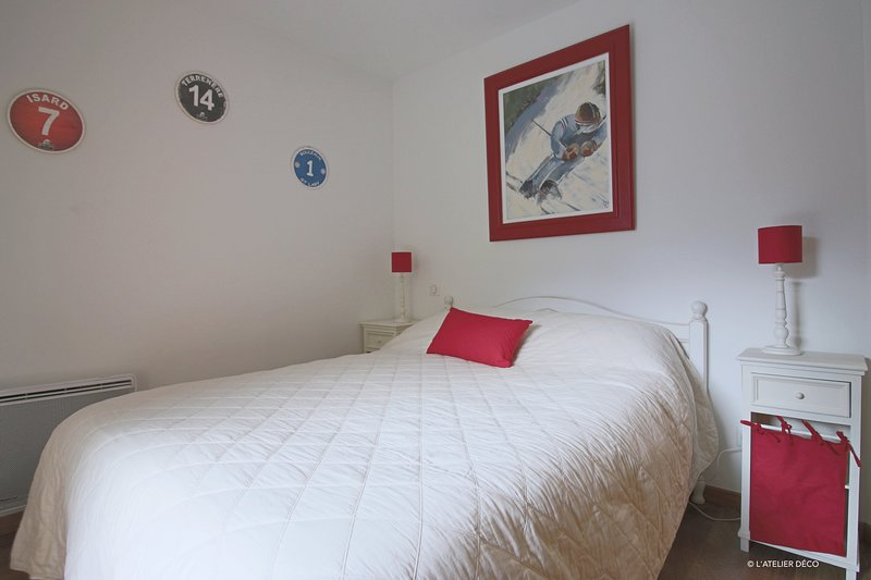 Appartement de standing au coeur de St Lary, holiday rental in Azet