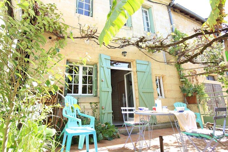 Maison rénovée  Wifi vill MÉDIÉVAL boutiques voie verte vélo pr BERGERAC  Sarlat, location de vacances à Cause-de-Clérans