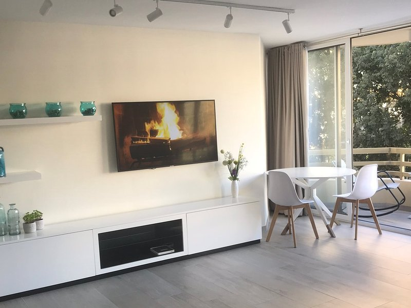 Cozy Winter 2018 in Marbella!  Great central heating, insulated windows and Netflix fireplace!