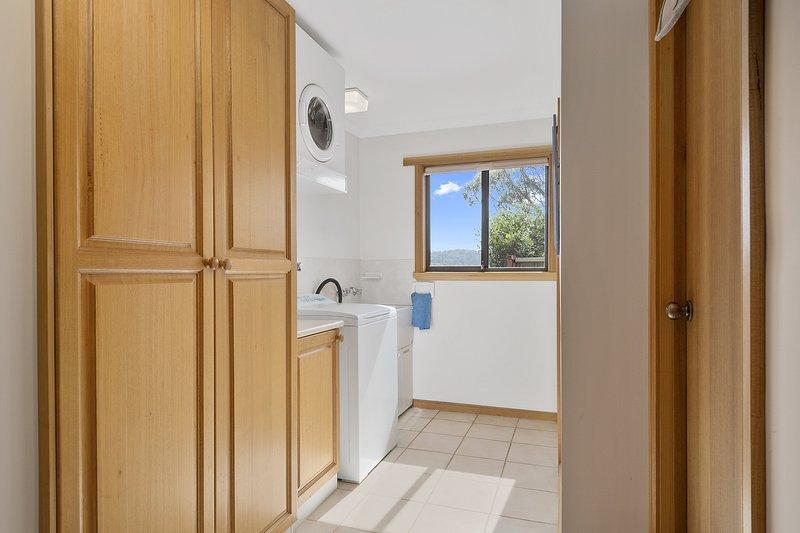 Zenith Zenith House, vacation rental in Coles Bay