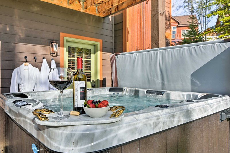 End long days on the slopes with a dip in your private, mountain-view hot tub.