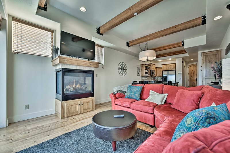 Cozy Townhome w/Mtn Views 6 Mi. to Park City Chalet in Park City