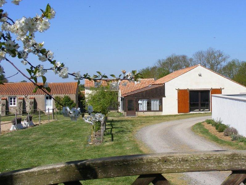 Grand gîte familial 'Le Maraîchin', location de vacances à Poiroux