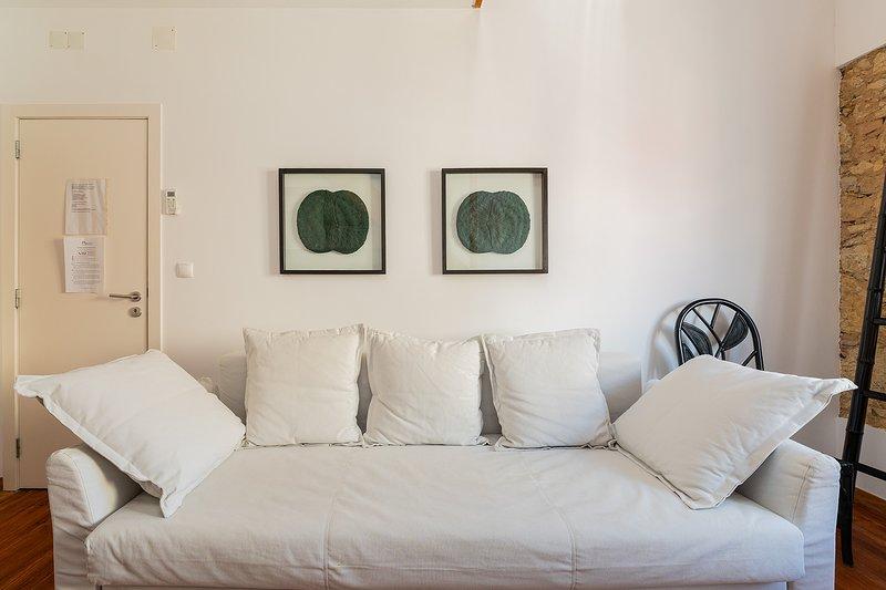 Relaxing Vibe Deco Mezzanine flat for 4 - TripAdvisor ...