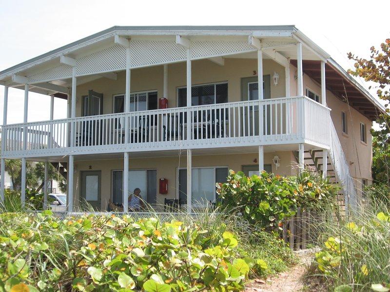 Island Breeze Condos, vacation rental in Englewood