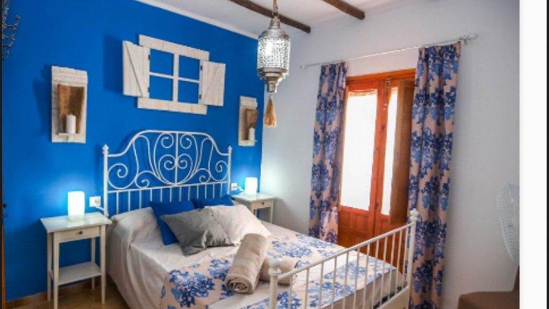 Casa Cuartel, holiday rental in El Gastor