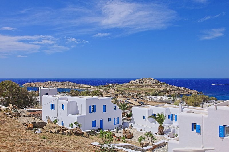 Maganos DekaTessera:Traditional one bedroom apt, for 2 persons, enjoys a shared, vacation rental in Paraga