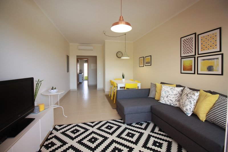 Beautiful apt with pool access, holiday rental in Conceicao