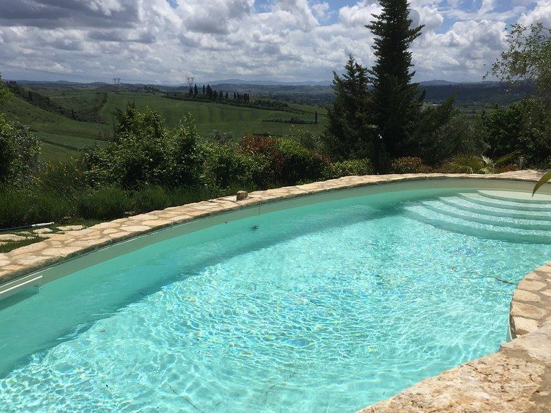 PRIVATE PANORAMIC Villa gello, Ferienwohnung in Castelfiorentino