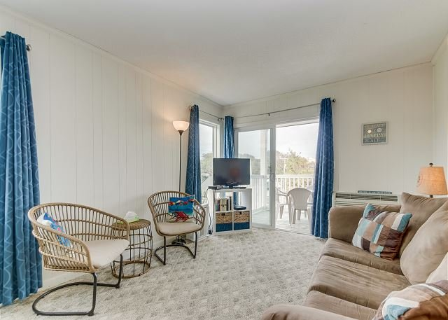 Economically priced 3rd floor, 2nd row condo + FREE DAILY ACTIVITIES, location de vacances à Myrtle Beach Nord