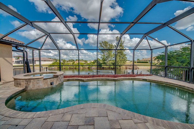 Villa Aquaventura Cape Coral Has Waterfront And Grill