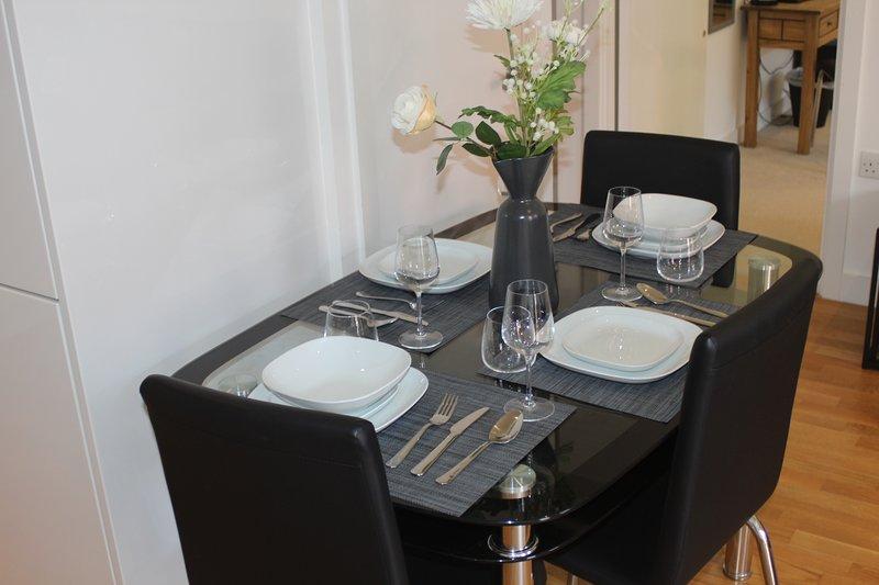 Stratford Luxury Apartment, holiday rental in Leyton